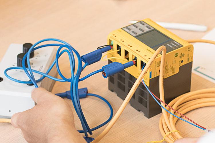 Introducción al sistema eléctrico aislado de tierra (IT) - Ventajas y limitaciones